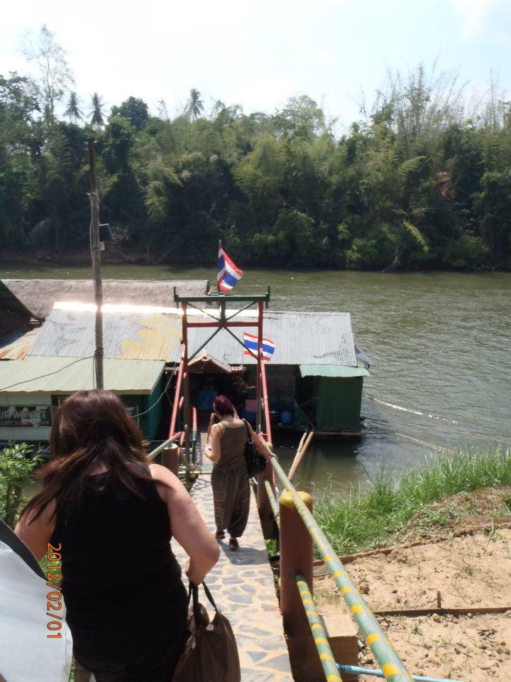 Floating restaurant in Thailand