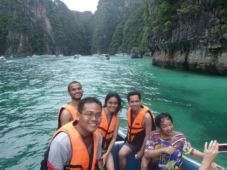 With my twin sister and 2 friends at Pi Leh Bay