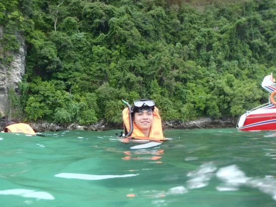 Snorkeling at Monkey Island