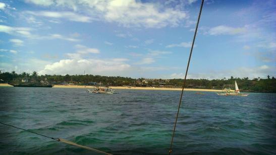 Island hopping on a sunny Boracay