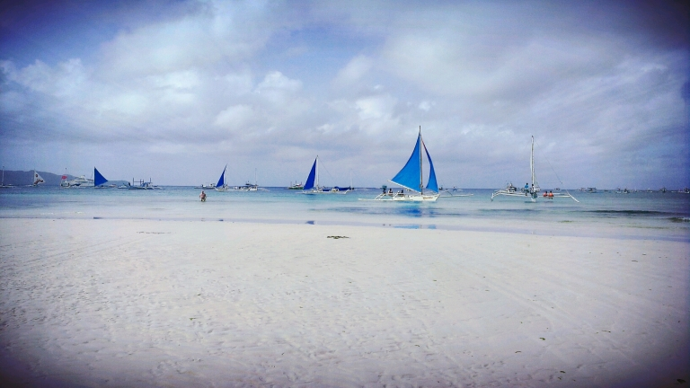 The iconic blue sailboat in Boracay