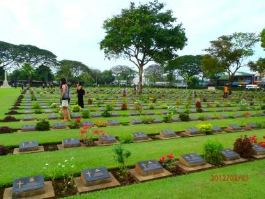 Hundreds of graves at the Kanchanaburi War Cemetery