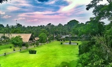 The lush grounds in Taman Ayun