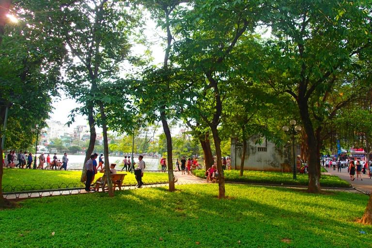 Park at Hoan Kiem Lake