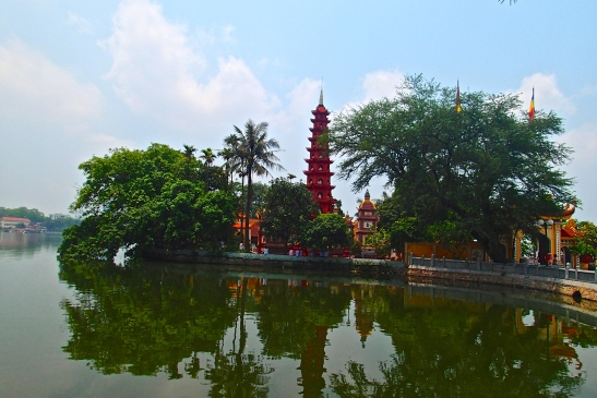 Tran Quoc Pagoda in West Lake, Hanoi