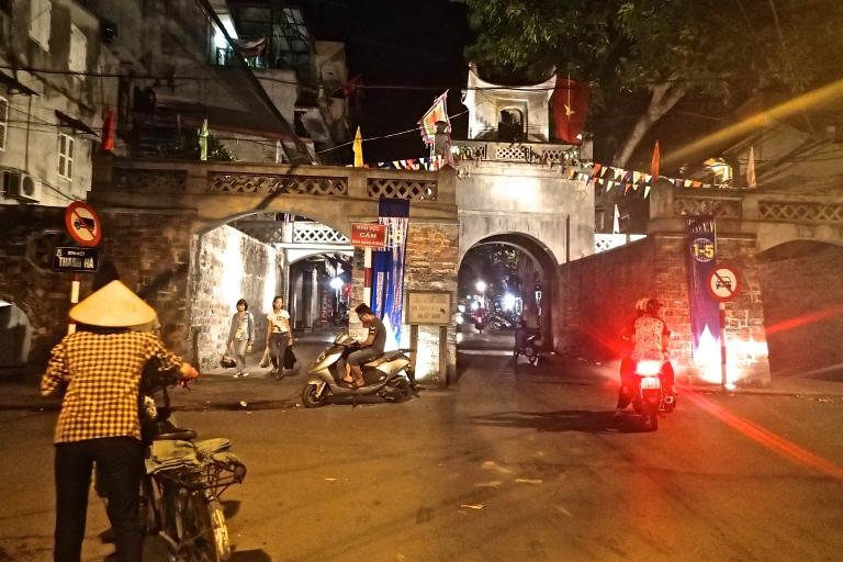 O Quan Chuong gate in Hanoi